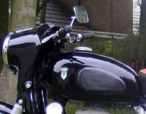 MOTOS PARA EL RECUERDO DE LOS ESPAÑOLES-http://buyvintage1.files.wordpress.com/2008/02/1959_dkw_02.jpg?w=470&h=367