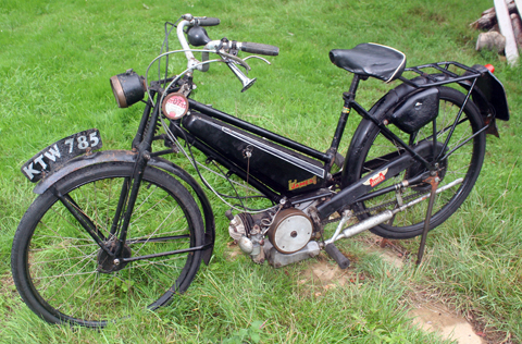 Page 73 1946 James Superlux Autocycle 98cc Sold 2nd
