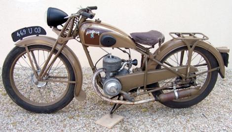 1947_peuegot2