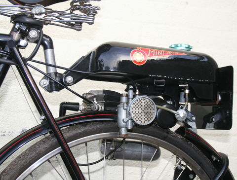 1950s raleigh superbe with trojan mini motor gearless. Black Bedroom Furniture Sets. Home Design Ideas