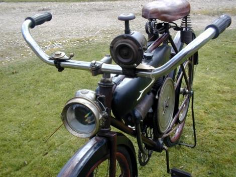 MOTOS PARA EL RECUERDO DE LOS ESPAÑOLES-http://buyvintage1.files.wordpress.com/2008/04/530p2.jpg?w=470
