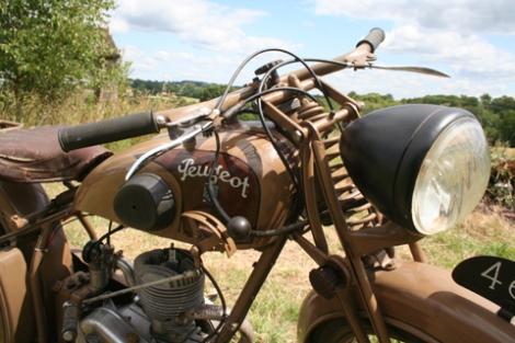 MOTOS PARA EL RECUERDO DE LOS ESPAÑOLES-http://buyvintage1.files.wordpress.com/2008/04/peugeot55c_02.jpg?w=470&h=313