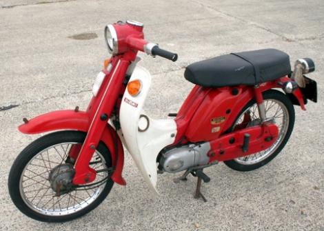 Suzuki_F50_3