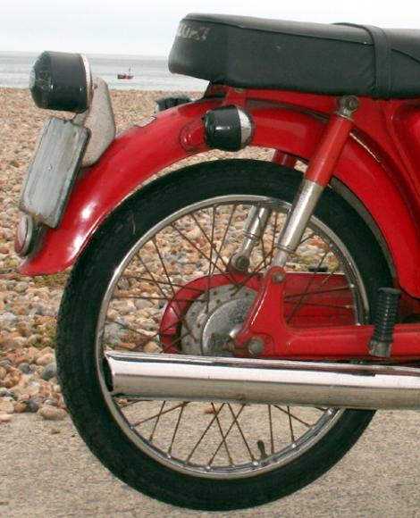 Suzuki_F50_7