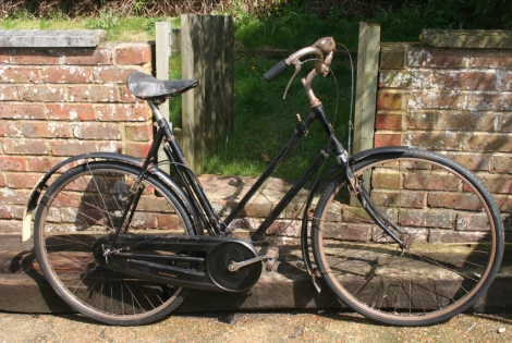 1938_Triumph_bicycle