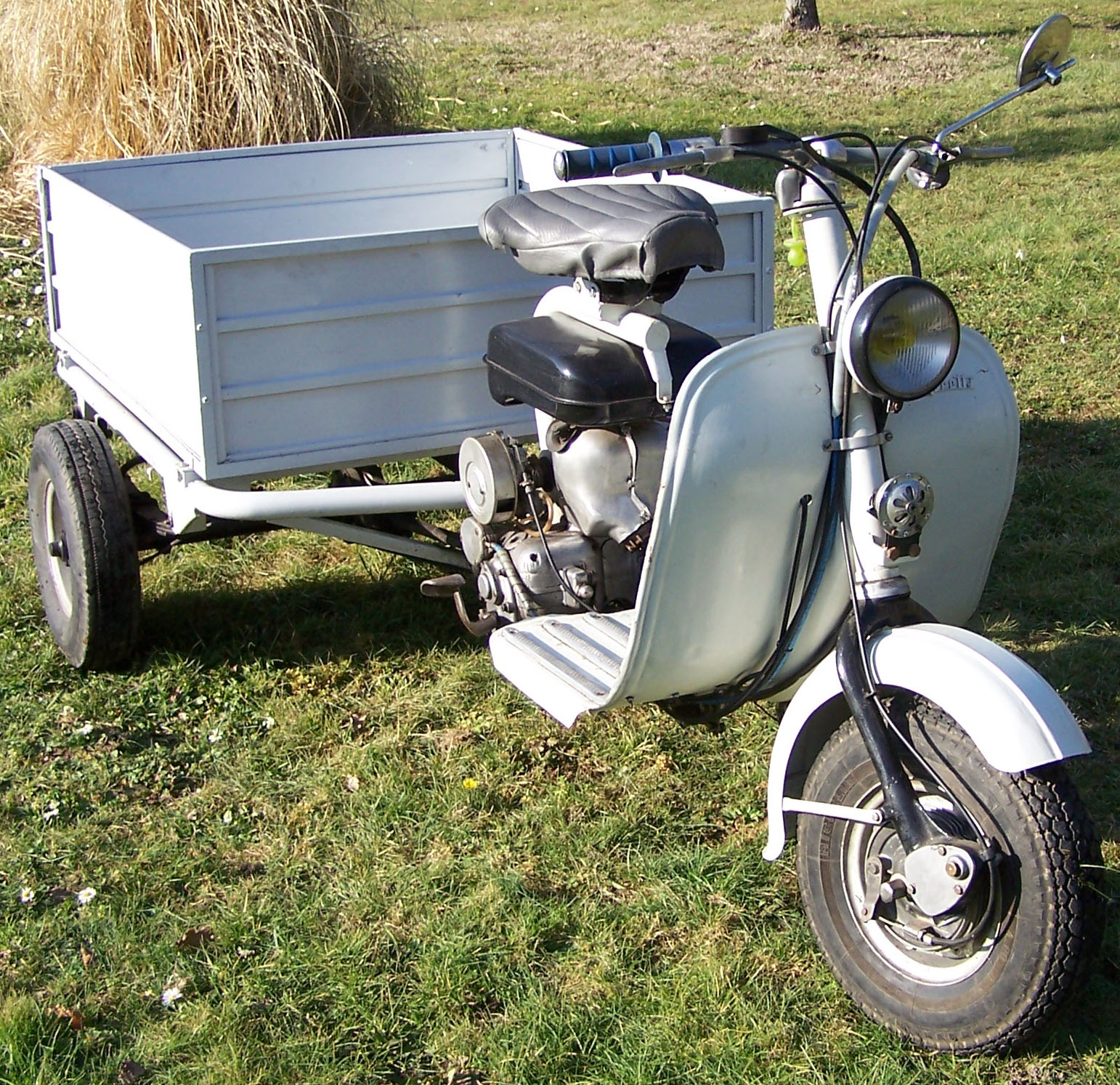 page 655 1958 lambretta fd triporteur sold 2nd buyvintage online auction 2015 onwards. Black Bedroom Furniture Sets. Home Design Ideas