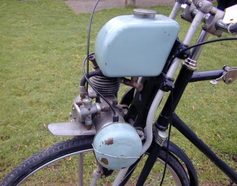 MOTOS PARA EL RECUERDO DE LOS ESPAÑOLES-http://buyvintage1.files.wordpress.com/2012/03/1954_cairns_mocyc_10.jpg?w=470&h=368