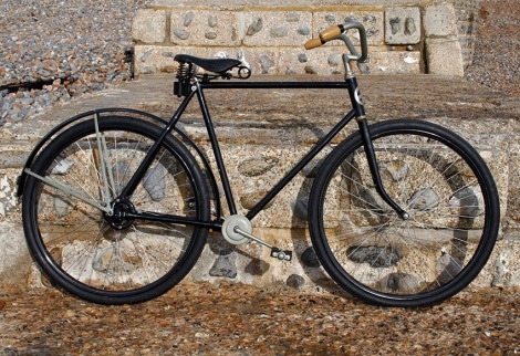 1916-COLUMBIA-CHAINLESS-1